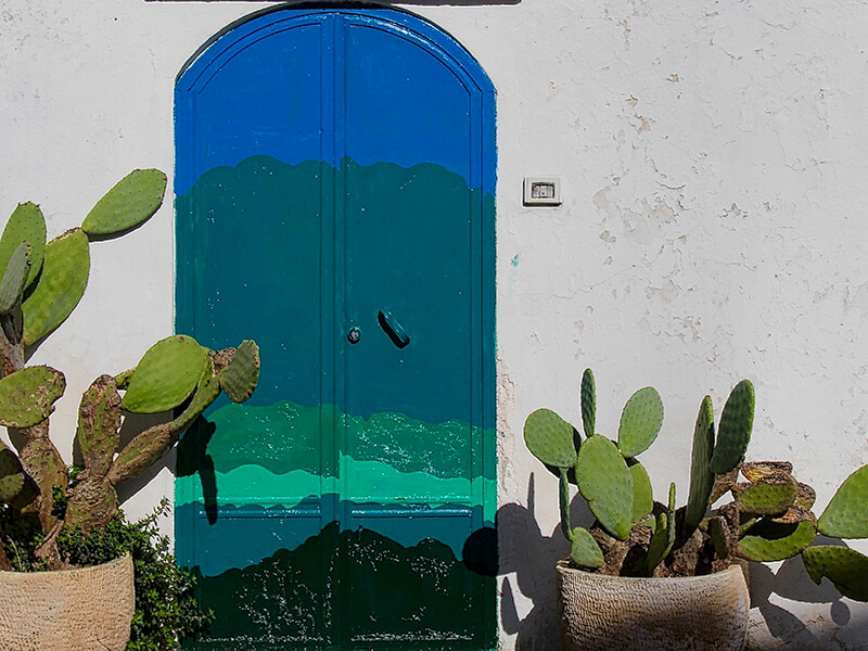 colorful door Adalucia Spain Carol Ketelson Delectable Destinations Culinary Tours